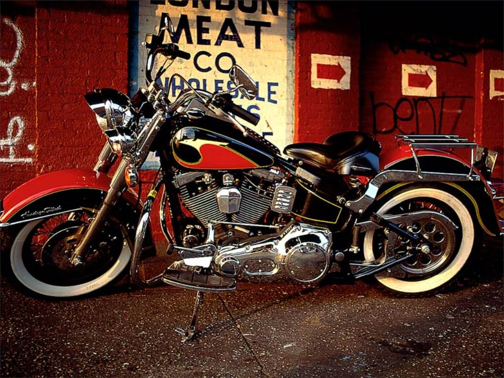 harley-davidson-heritage-softail-motorcycles-wallpapers-1.jp